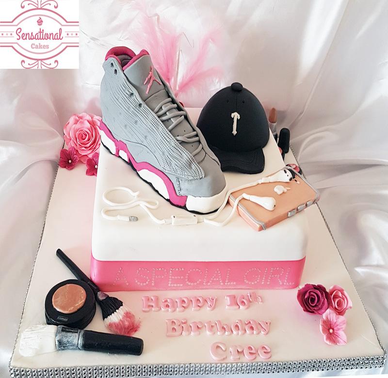 16th Birthday cake Micheal Jordan I phone7 Trapstar MAC