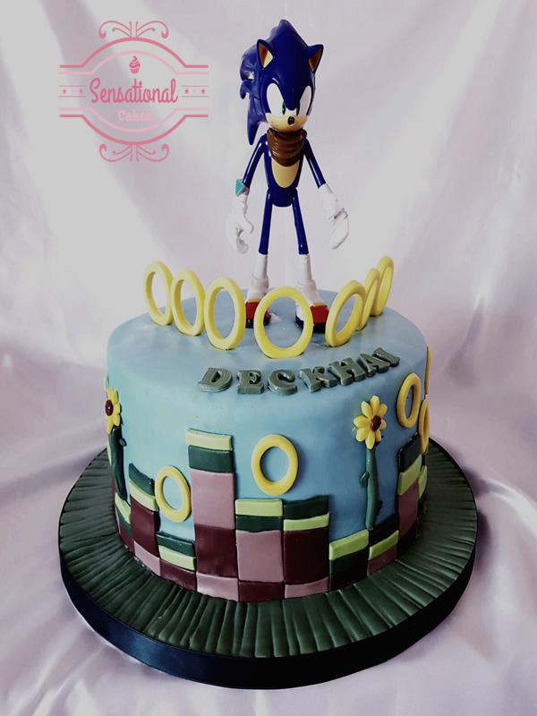 Brilliant Sonic Hedgehog Birthday Cake Sensational Cakes Personalised Birthday Cards Veneteletsinfo
